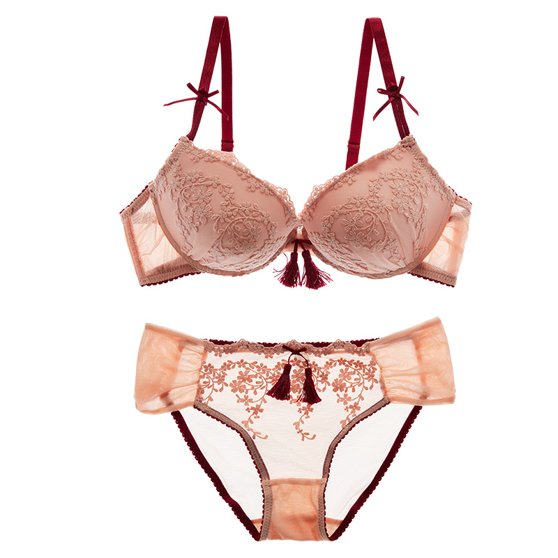 Shaonvmeiwu Europe and the United States sexy embroidered flowers gather underwear deep V temptation lace   bra   women