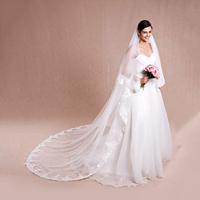 White Ivory Two-tier Cathedral Veils Lace Applique Edge Bridal Veil with Comb Wedding Accessories Veu De Noiva