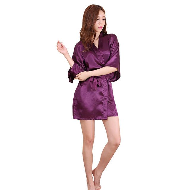 2016 Novas Vestes Quimono De Seda Roupão Roupão de banho das Mulheres De Seda Da Dama de honra sensuais Vestes de Cetim Robe Senhoras Vestir Branco Rosa Azul Vermelho vestidos