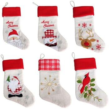 10 pcs / lot 2019 New Christmas Decoration Linen Embroidery Christmas Socks Gift Bag Santa Claus Snowman Elk xmas sock kid gifts