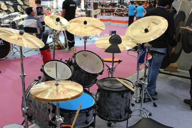 "Arborea B8 series 4 Cymbals set: 14"" hihat+16""crash+18""crash ride+20""ride+8""splash+cymbal bag 1"