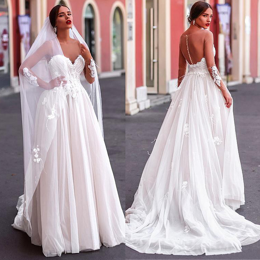 Gorgeous Tulle A-line Long Sleeves Wedding Dresses With Handmade Flowers Beaded Lace Appliques Feather Bridal Gown