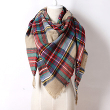 2016 Brand Cashmere Design Triangle Scarf Plaid Fashion Warm in Winter Shawl For Women pashmina shawl M8062