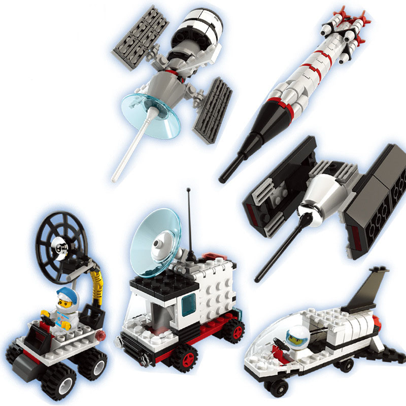 6 PCS/Set Star Wars Gachapon Space Satellite Building Blocks for Children Minifigures Educational Capsule Toys Compatible Legoes