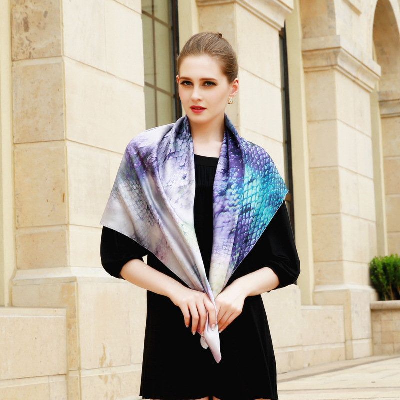 Fashion Snake Pattern Women Large Square Silk Scarf Shawl Wraps High Quality 100% Soft Satin Silk Scarfs Foulard 110x110cm