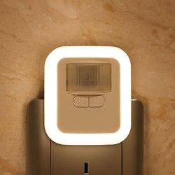 Lámpara LED de pared nocturna con Sensor de movimiento enchufable, con brillo, 30s/60s/90s/120s, tiempo de iluminación ajustable para sala de estar