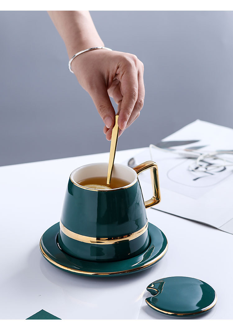 gold-cup-and-saucer_10