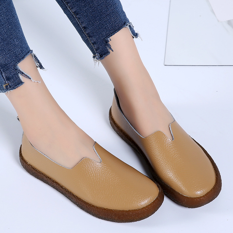 Genuine leather shoes woman 2018 new fashion plus size loafer ladies shoes sapato feminino casual comfortable women flats shoes aiyuqi 2018 spring new genuine leather women shoes plus size 41 42 43 comfortable round head fashion handmade ladies shoes