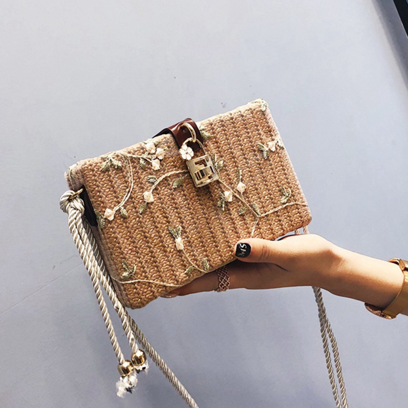 40be631960e5 2018 Vintage woman straw Flap bag ladies small shoulder bags Summer Lace  Embroidery Flower beach Purse crossbody bags for women