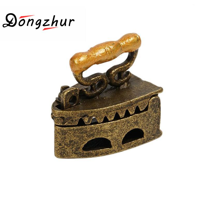Dongzhur   Mini  Dollhouse Miniature 1:12 Toy Vintage Metal Black Iron Clothes Tool Urniture Toys Accessories