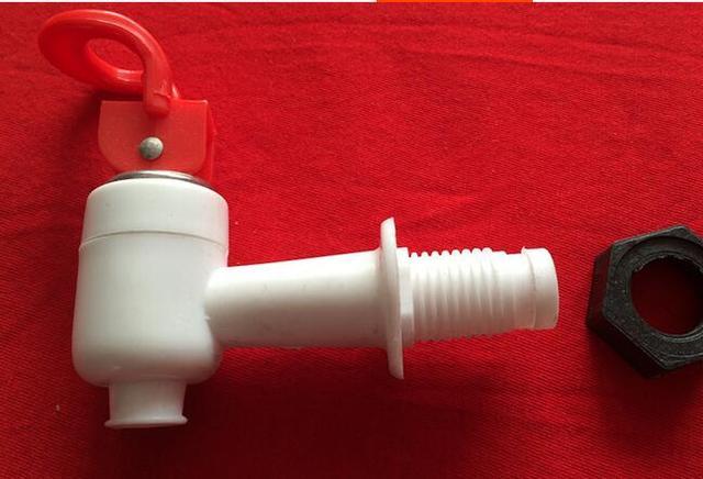 El mejor precio universal tamaño tipo empuje plástico dispensador de ...