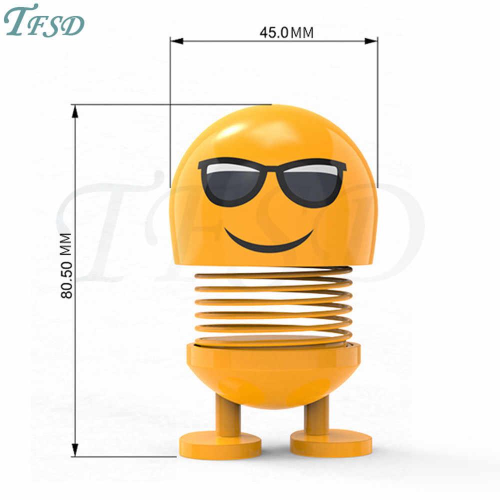 Universal Carro motocicleta Brinquedos Bonito Dos Desenhos Animados Funny Emoji Balançar a Cabeça Bonecas Criativo Ornamentos Decoração de Salto para Rover Mascote