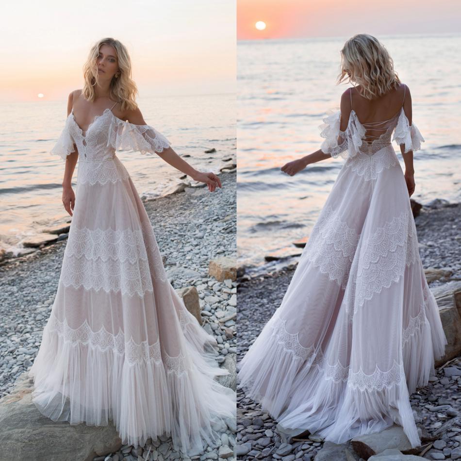 2019 Bohemian Wedding Dresses Off Shoulder Lace Appliques Bridal Gowns Sexy Backless Beach A Line Wedding Dress Robe De Mariee