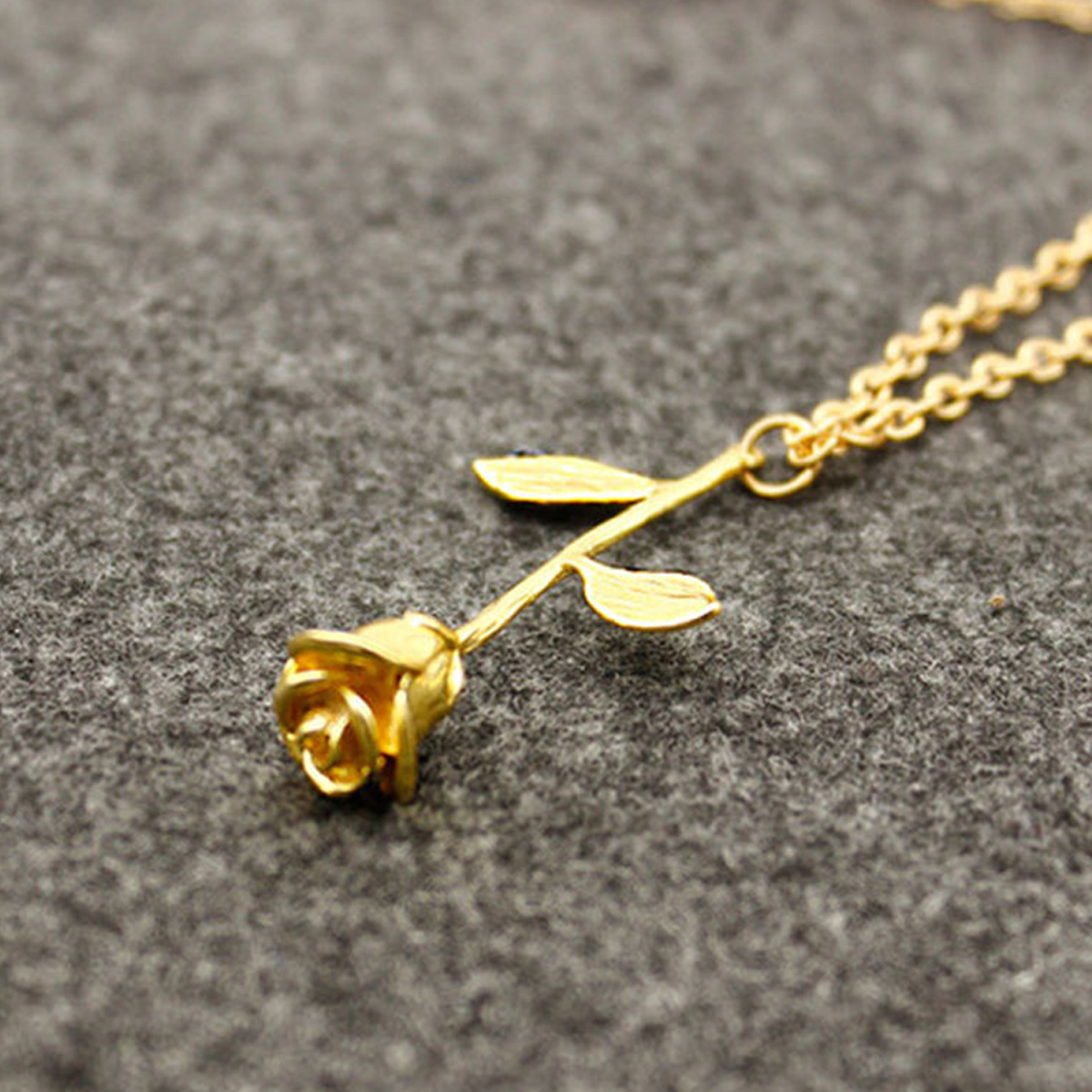 Chic Rose Flower Necklaces & Pendants Shellhard Rose Gold Silver Plated Chain Necklace Fashion Wedding Jewellery Gift