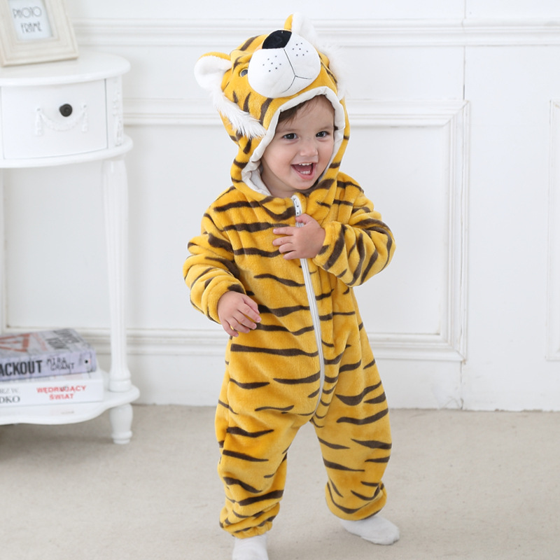 Baby Rompers 2017 Boys Sleepwear Girls Newborn Clothes Panda Cartoon Jumpsuit Pajamas Warm Cute Animal Macacao L430