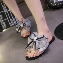 Butterfly-knot 3D diamond Bow Beach Flip Sandals in Women's Slippers Female Flat Sandals Anti-Slip Flops JU13 1(China)