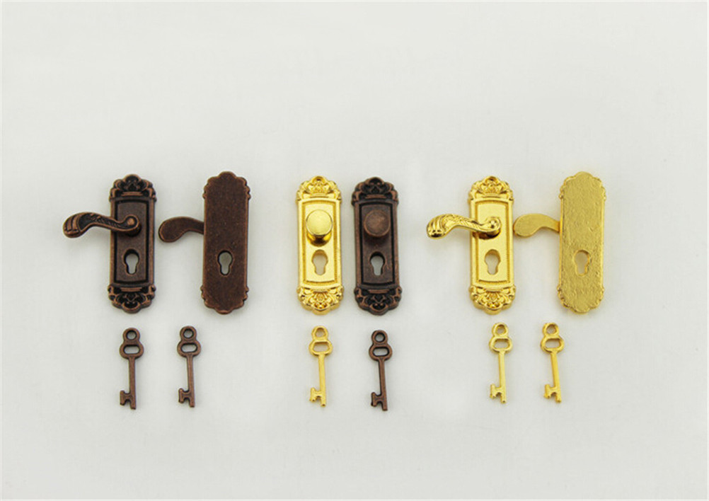 Dollhouse Miniature Brass Door Knobs with Key Plate