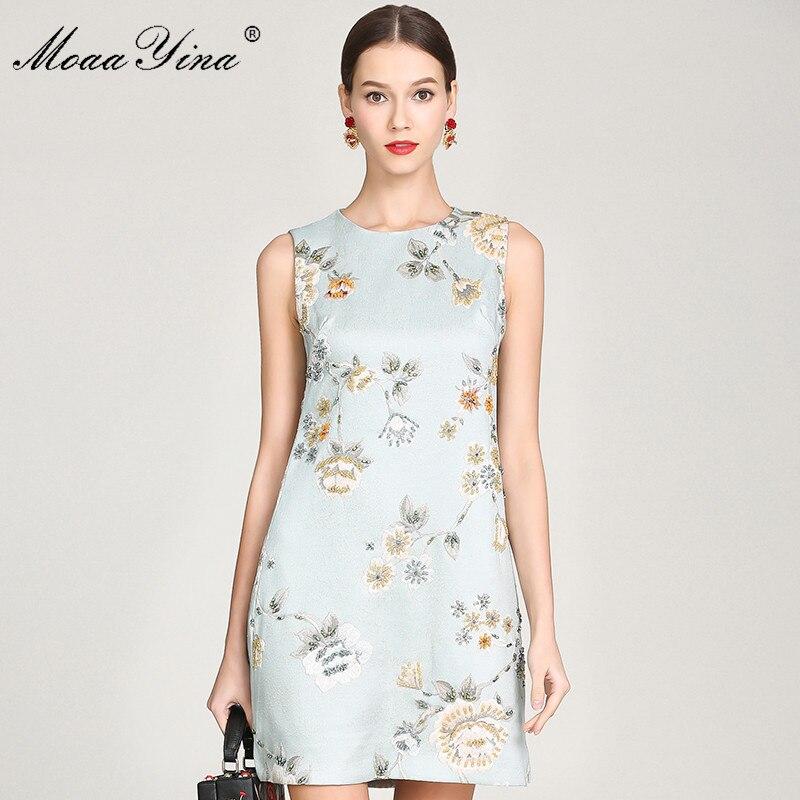 a39e3aa5383 Courte 2019 Jacquard Fleur Mode Menthe Vintage Sans Robes Manches D été  Piste Femmes Moaayina Élégant Perles Parti Robe Imprimer ...