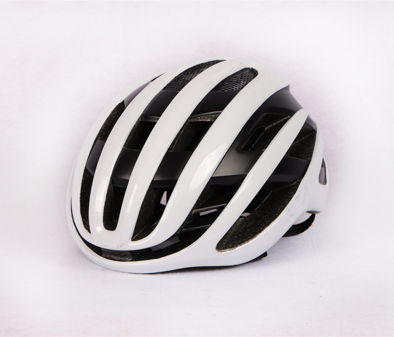 2019 New Air Cycling Helmet Racing Road Bike Aerodynamics Wind Helmet Men Sports Aero Bicycle Helmet Casco Ciclismo