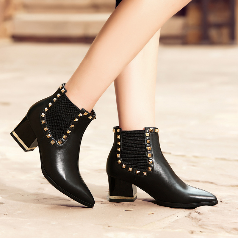 Women Autumn Winter Thick High Heel Genuine Leather Rivets Pointed Toe 2015 New Fashion Martin Ankle Boots Size 34-39 SXQ0902 women autumn winter genuine leather thick mid heel side zipper round toe 2015 new fashion ankle boots size 34 39 sxq0905