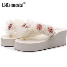 Summer Lady Flower Flip anti-slip foot holiday seaside beach shoes fashion thick bottom outside wearing cool slippers flip-flops