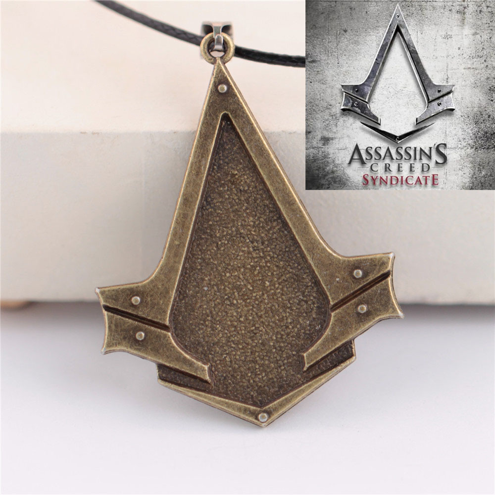 19 Style Assassins Creed Syndicate Ezio Deiss Mond Necklaces For Men Women Creed Necklace Collar Collier Homme Neckless Male PS3