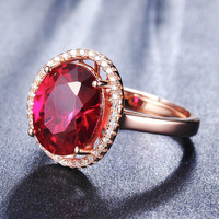 YINHED Luxus Große Natürliche Rote Korund Ring Rose Gold Farbe Modeschmuck Einstellbare Größe Hochzeit Ringe für Frauen Geschenk ZR028