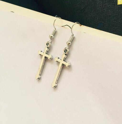 Ey019 européen et américain vintage punk exagéré alliage croix pendentif boucles d'oreilles femme charme bijoux 2018 offre spéciale