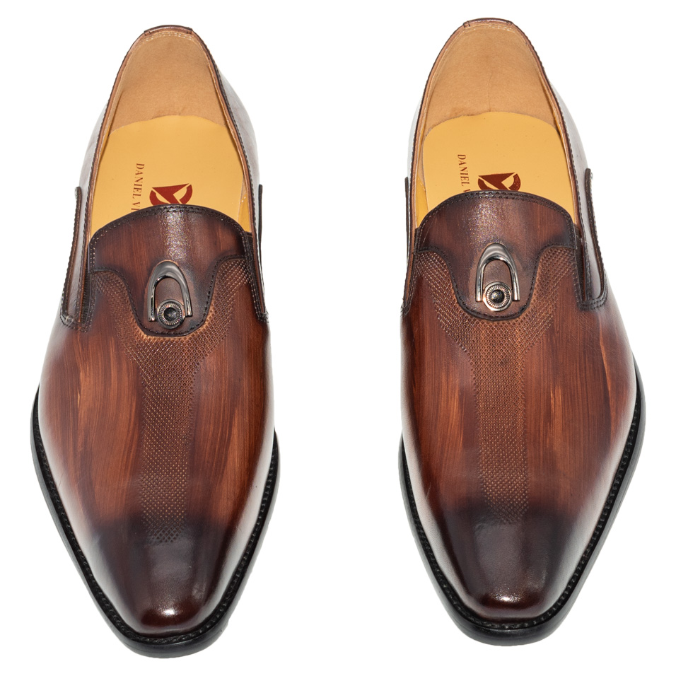 Image 4 - Handmade Office Business Wedding Dress Loafers Hand washing color  metal decorate Luxury Suit Formal Genuine Leather Men ShoesFormal  Shoes