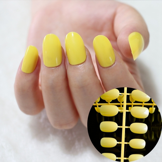 24pcs Beautiful Fake Oval Nails Banana Yellow Nail Art Lady Acrylic Tips Round Top Size