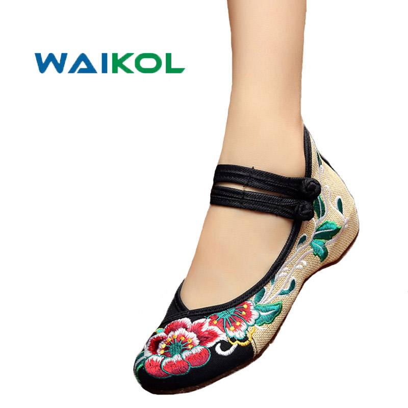 Waikol 4 Colors Women's Shoes Old Peking Mary Jane Flat Heel Denim Flats with Embroidery Soft Sole Casual Shoes Plus Size 41 peacock embroidery women shoes old peking mary jane flat heel denim flats soft sole women dance casual shoes height increase