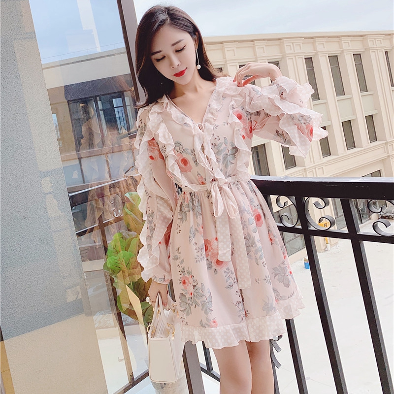 Comelsexy 2019 Spring Runway Women Playsuit Sweet Cute Flower Print Chiffon Ladies Ruffles Rompers Playsuit Romper Overalls T295