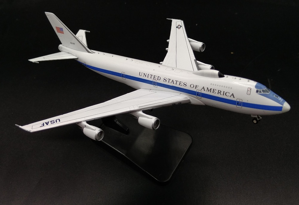 1: 400 US Air Force E-4B airborne command aircraft model 40787 Favorite alloy aircraft model Scale Models With Original Box [model] trumpeter ta 3b 02870 1 48 us air warrior attack aircraft