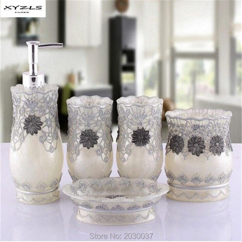 XYZLS 5pcs set Household Wash Brush Cup Liquid Soap Dispensers Soap Dishes Resin Bathroom Accessories European