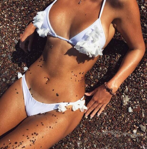 Bikini 2017 Brazilian Bikini Set Bandage Beach Wear Bathing suit Push Up Swimwear Bikini Handmade Flower Bikinis Women Swimsuit 2016 new style solid women brazilian swimsuit push up swimwear digital printing bikini set brand ladies bathing suit beach wear