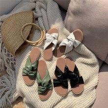 81b37512c Tecido verão toe Desliza mulheres Borboleta-nó saltos de tiras 2019 Baixo  estilo coreano Plana zomer schoenen plana sandálias Pe.