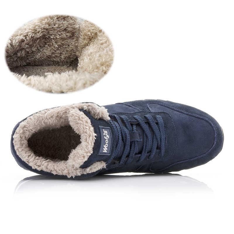 冬のブーツ男性 2019 新ウォーム毛皮フロックカジュアルブーツの革アンクルブーツ男性の冬の靴男性の冬のスニーカープラスサイズ 35-46
