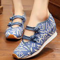 Chinese Old BeiJing Boho Embroidery shoes Tourism Ethnic embroidered Floral shoes singles walking dance shoes size 35-40
