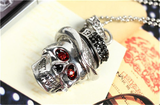 creative Skull necklace usb 2.0 flash drive/creative pendrive/creative memory Stick/Disk/Thumb Gift 2GB 4GB 8/16/32GB S518