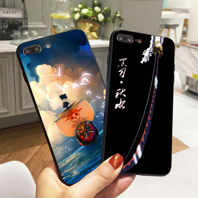 One Piece Funda de Silicona para iPhone (8 Colores)