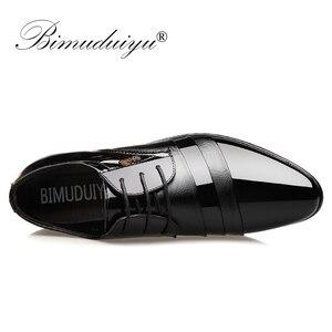 Image 3 - BIMUDUIYU Fashion Men Dress Flat Shoes Business Oxfords Shoes Pointed Toe Wedding Shoes Leather British Lace up Footwear