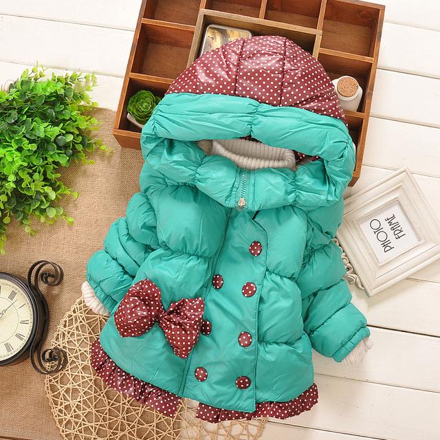 Novas Do Bebê Meninas Jaqueta de Inverno Crianças Big Bow Projeto Crianças Encantador Estilo Longo Outerwear Roupas de Algodão Casaco Quente Em Sotck