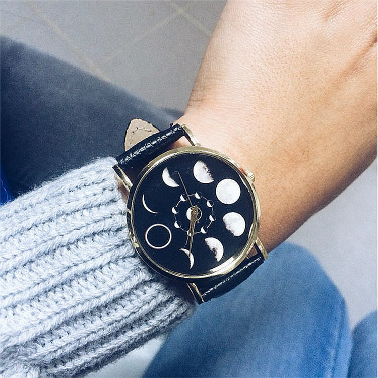 2019 Elegant New Lover Vintage Band Fashion Watches Woman Simple Trend Watches The Best Gift Moon World Map Cool Mode Watches