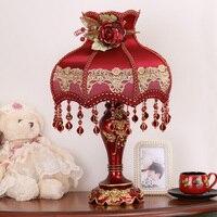 Европейский стиль декоративная настольная лампа ночник современные свадебные номер красный настольные лампы для гостиной тщеславие огни