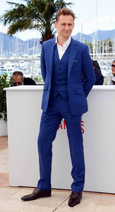Handsome Wedding Suits Royal Blue Slim Fit Groom Tuxedos 2018