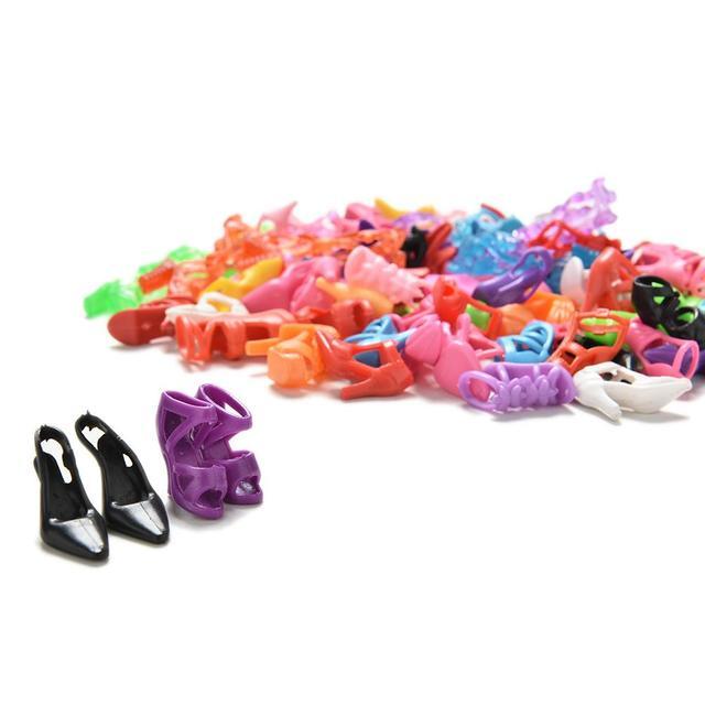 2018 offre spéciale 40 paires à la mode mélange assorti poupée chaussures plusieurs Styles talons sandales pour poupées poupées accessoires