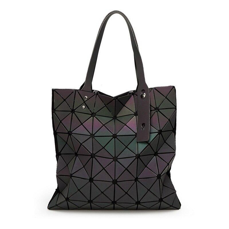 ФОТО Famous Brands Women BaoBao Bag Geometry Sequins Mirror Saser Plain Folding Bags Luminous Handbags PU Casual Tote Bao Bao Package