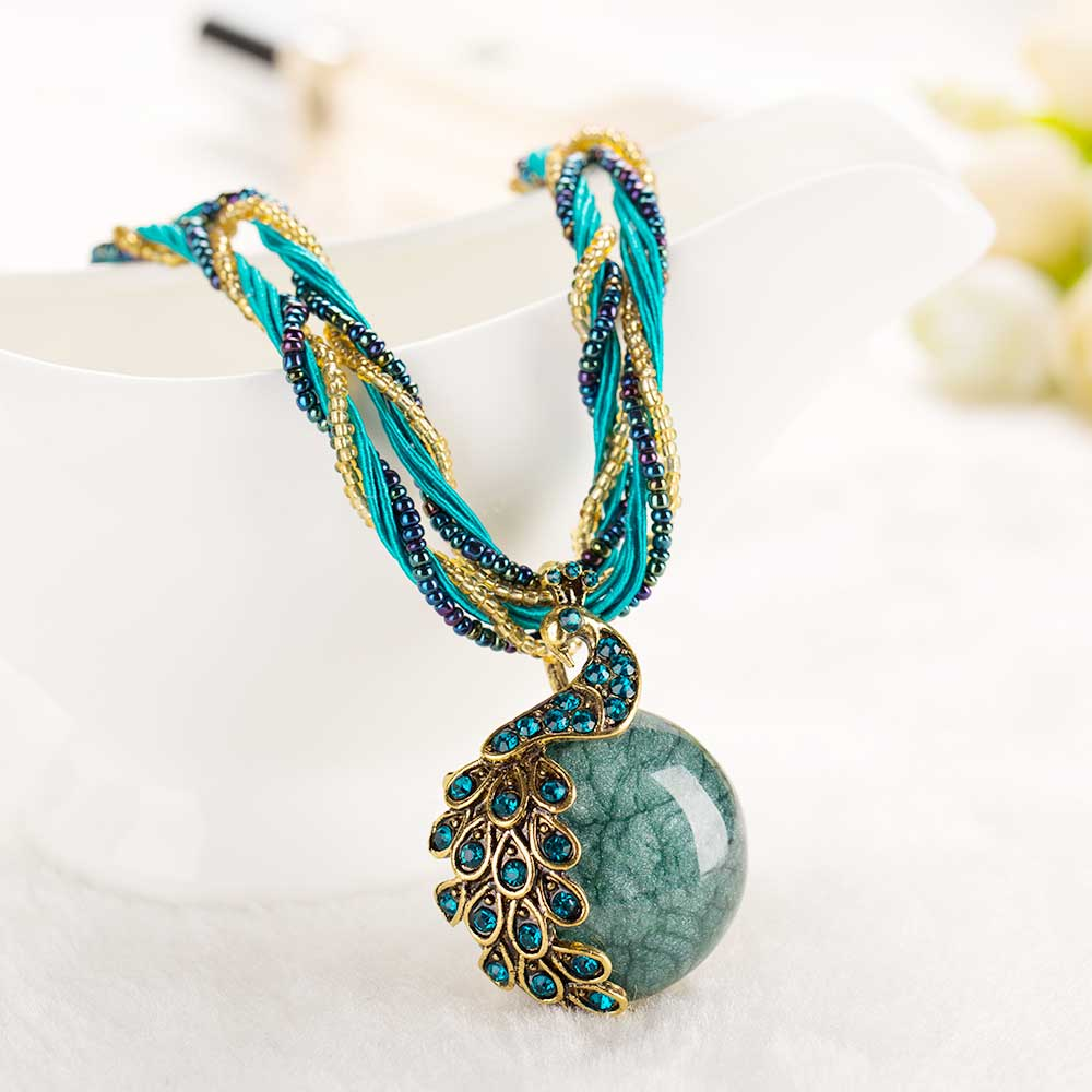 2016 new peacock decoration rough necklace short clavicle ...