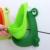 3 colores de la historieta linda de la rana del bebé niños Potty Training urinario inodoro de plástico olla para bebé entrenador aseo inodoro orinal bebé