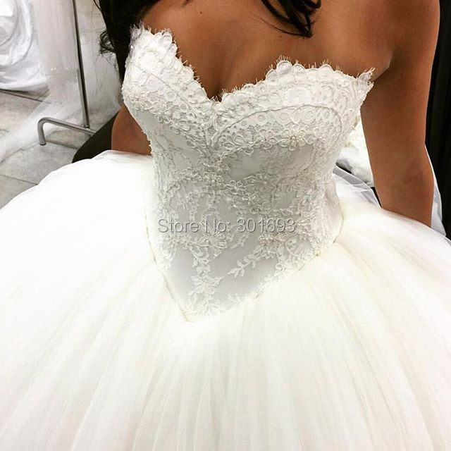 Oumeiya Ow601 New Style Sweetheart Lace Top Ball Gown Puffy Skirt Latest Princess Wedding Dress 2016